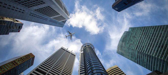 Flyforsinkelse uden for EU – kan du få erstatning eller ej?